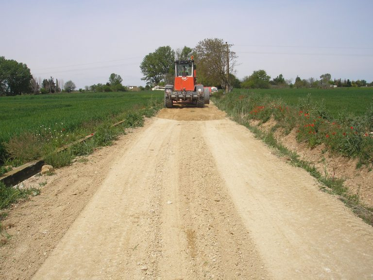 El Ayuntamiento de Ejea sigue mejorando los caminos rurales